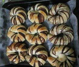 豆沙花卷面包的做法