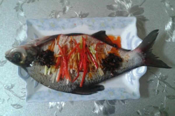 我的杰作:豆豉淋魚的做法