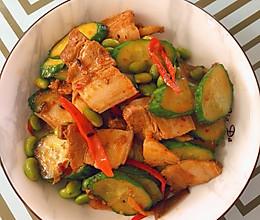 黄瓜毛豆回锅肉的做法