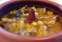 原汁原味汽锅鸡的做法