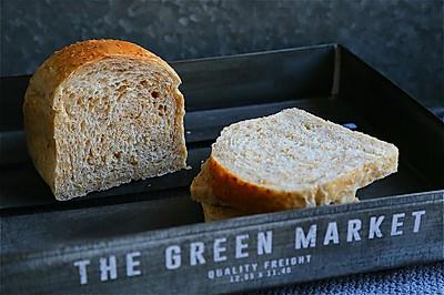 无糖无油的健康全麦面包