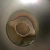 西兰花炒蛋的做法图解2