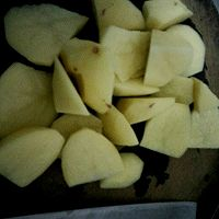 土豆排骨的做法图解2