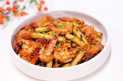麻辣的干锅虾·小美的美食