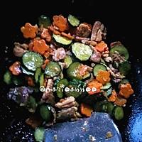 黄瓜胡萝卜炒肉片的做法图解8