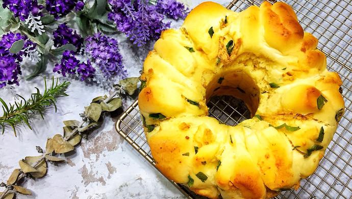 #硬核菜谱制作人#香葱肉松面包
