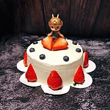 拥抱水果的茉莉蛋糕