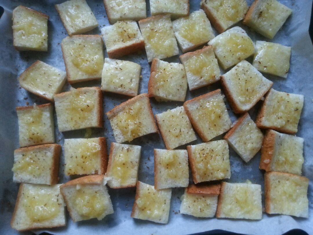 迷你蒜香面包的做法图解3