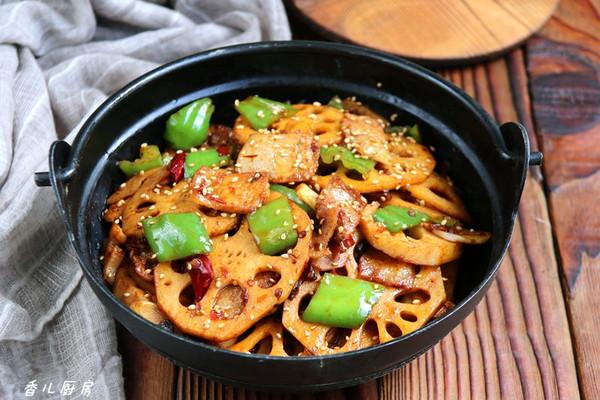 莲藕五花肉香锅#金龙鱼外婆乡小榨菜籽油最强家乡菜#的做法