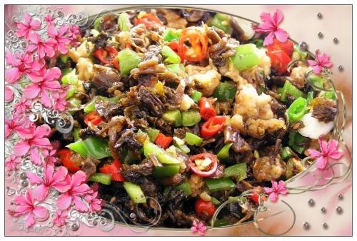 芽菜炒鸡米的做法