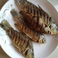 下饭菜~红烧鲫鱼。的做法图解5