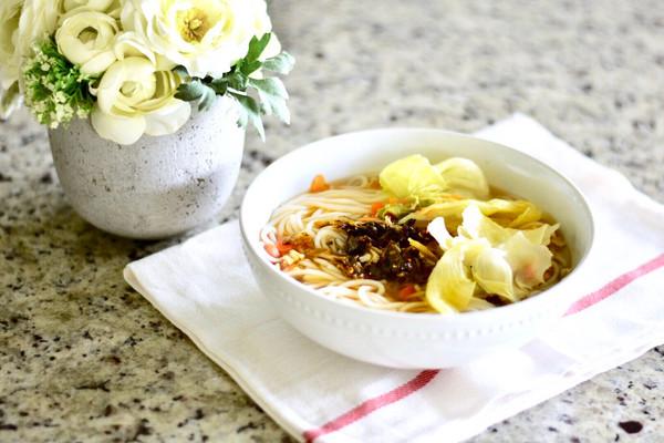 一碗简易鸡蛋蔬菜素粉#520,美食撩动TA的心!#