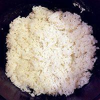 黑芝麻玉米肠饭团的做法图解2