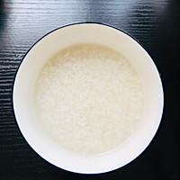 一人食—电饭锅版煲仔饭的做法图解1