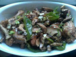 小鸡腿炖蘑菇的做法