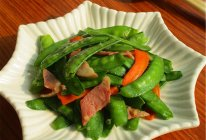 大喜大牛肉粉试用之蒜香培根荷兰豆的做法