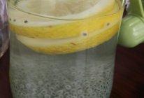 柠檬兰香子的做法