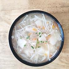 金针菇豆腐羹(10分钟快手菜)