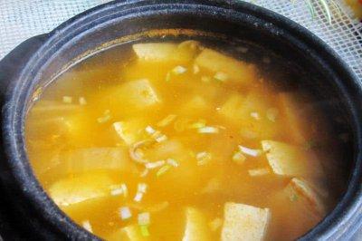 辣白菜豆腐汤(家乐浓汤宝试用)