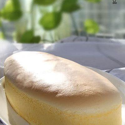 乳香細滑的輕乳酪蛋糕