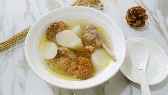 猴头菇山药土鸡汤
