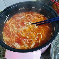 减肥晚餐(金针菇番茄汤)的做法图解6