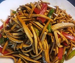 青红椒炒豆腐丝的做法