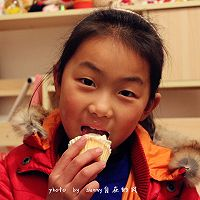 海绵纸杯蛋糕~圣诞节可爱小点心#九阳烘焙剧场#的做法图解17