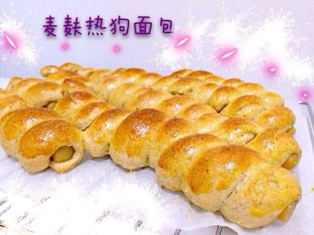 烤熱狗面包的做法_烤箱烤熱狗面包的做法_烤箱烤熱狗面包的做法