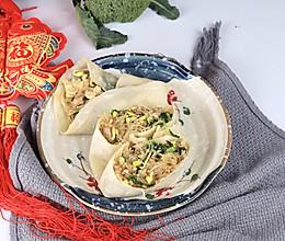 #味达美名厨福气汁,新春添口福#新年卷好运:鸡蛋粉丝卷春饼的做法