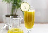 排毒养颜smoothie——芒果生菜汁的做法