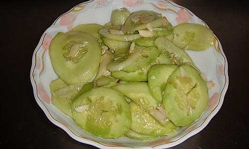 凉拌黄瓜片 酸甜麻口 下饭好吃的做法
