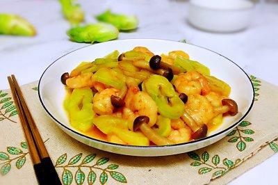 儿菜菌菇炒虾仁