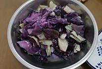 炒紫卷心菜卷心菜的做法