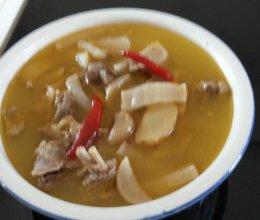酸萝卜老鹅汤的做法