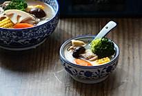 时蔬鸡汤的做法
