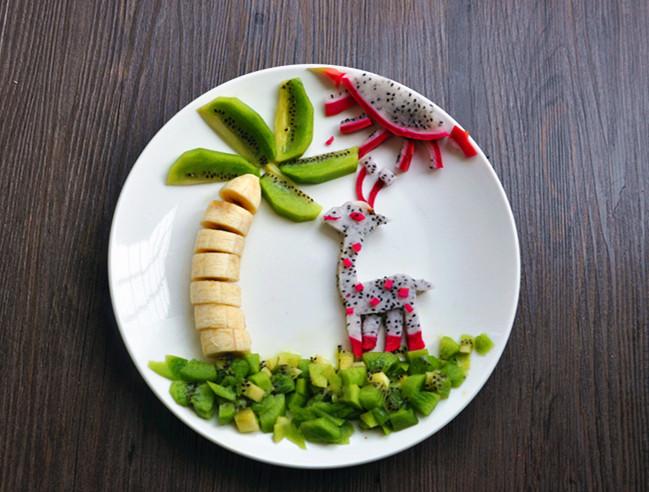 热带风情水果创意拼盘的做法图解8图片