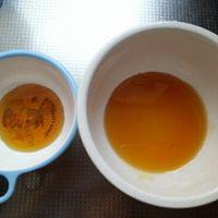 焦糖鸡蛋布丁的做法图解3