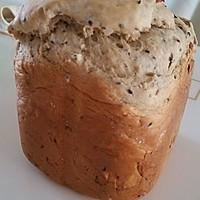 葡萄干芝麻面包