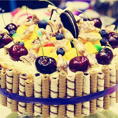 缤纷乐园过圣诞——麦香脆缤纷蛋糕