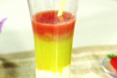 彩虹果汁—SKG9999原汁机食谱