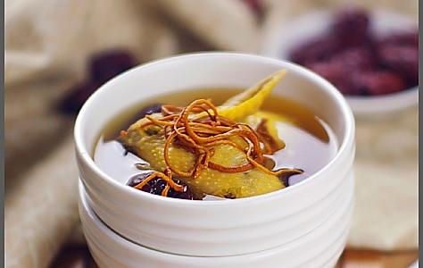 虫草花红枣鸡汤的做法