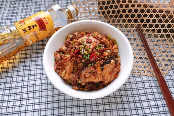 酱烧土豆腐#金龙鱼外婆乡小榨菜籽油 最强家乡菜#的做法
