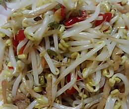 剁辣椒肉丝炒绿豆芽的做法