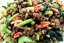 紫苏酸笋炒田螺肉的做法