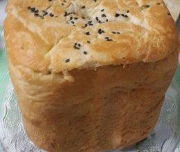 泊翠面包机制作的白土司面包的做法