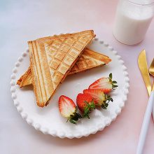 #快手又营养,我家的冬日必备菜品#火腿三明治