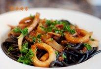 曼步厨房 - 墨鱼汁海鲜意面的做法