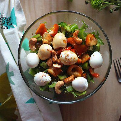 冬季更想吃的西兰花鹌鹑蛋沙拉