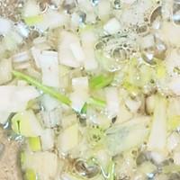 冬天喝猪血豆腐汤:暖身的同时还补血和清理五脏六腑里的垃圾的做法图解4